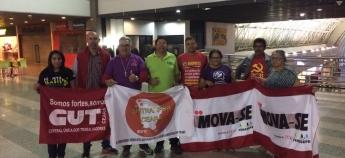 SINDPRF-CE participa de panfletagem no aeroporto contra as reformas trabalhista e previdenciária