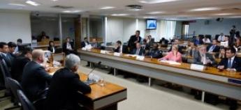 FENAPRF DEFENDE FORNECIMENTO DE EQUIPAMENTOS E ARMAMENTOS DE PRIMEIRO MUNDO AOS POLICIAIS BRASILEIROS